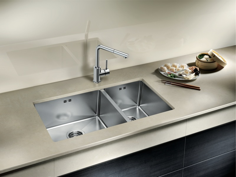 Blanco Double Inset and Undermount Sink with Overflow QUATR1542IULK5