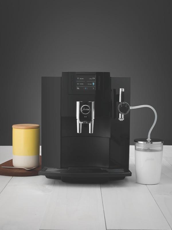 Jura E8 Piano Black Coffee Machine 15094