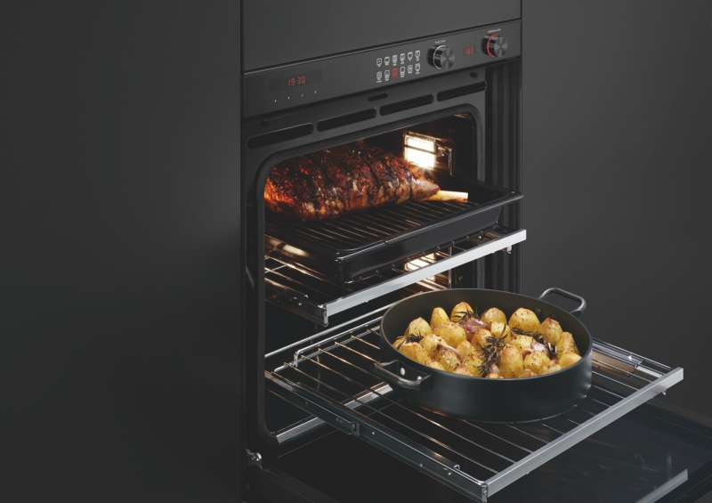 Fisher & Paykel 60cm Built-in Pyrolytic Oven - Stainless Steel OB60SL11DEPB2