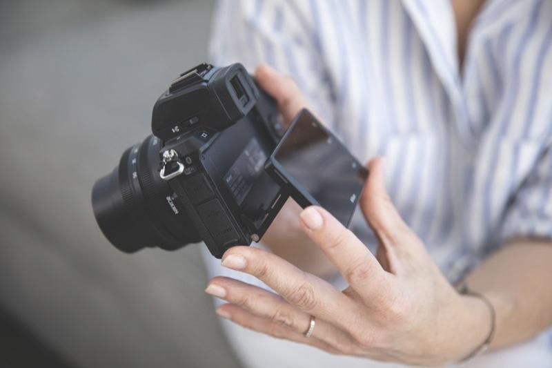 Nikon Z 50 Mirrorless Camera + Z 16-50mm + Z 50-250mm Lens Kit VOK050WA