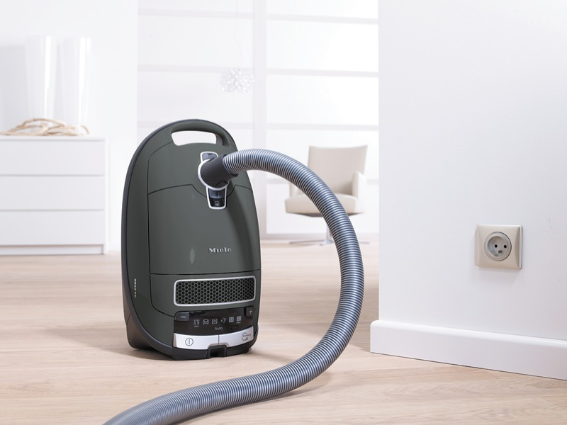 Miele Complete C3 Family All Rounder Vacuum Cleaner 10797760