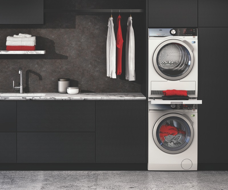 AEG 10kg Front Load Washer LF8C1612A